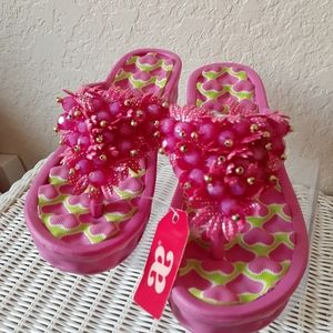 Andrea sandals  size 5 new